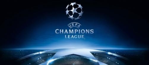 O sorteio da fase de grupos da Liga dos Campeões 2017/18 realiza-se esta tarde.