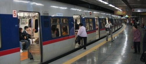 Subway of Seoul (Credit – Svdmolen – wikimediacommons)