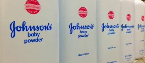 Woman who sued Johnson and Johnson awarded $417 million by jury / Photo via Mike Mozart, Flickr