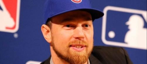 Zobrist made a big game, Wikipedia https://en.wikipedia.org/wiki/Ben_Zobrist#/media/File:Ben_Zobrist_on_September_9,_2015.jpg