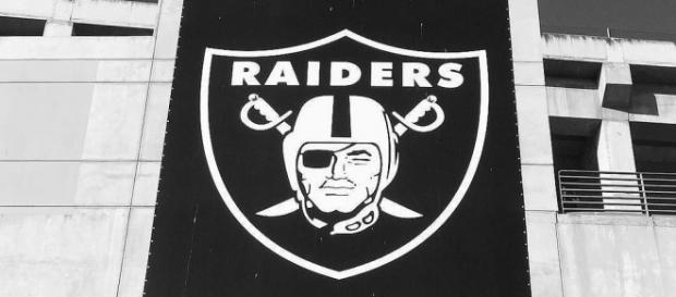 The Oakland Raiders are not moving to Las Vegas for another two years. [Image via Flickr]