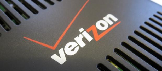 Verizon logo by Rob Pegoraro on flickr