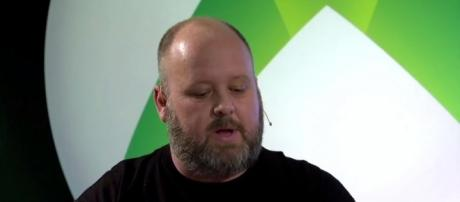 Microsoft Sony Cross-play (KINGWAVE/YouTube Screenshot) https://www.youtube.com/watch?v=oW5B_1ws5l8