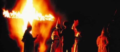 Fotos perturbadoras do Ku Klux Klan