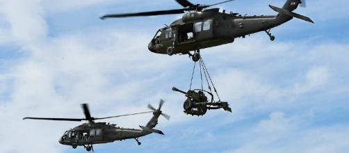 Black Hawk choppers on military duty. Image - CCO Public Domain | Pixabay