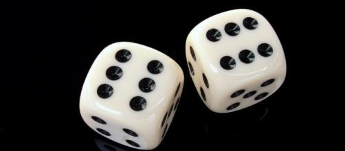 Gambling. Rash behavior. Image via Pixabay