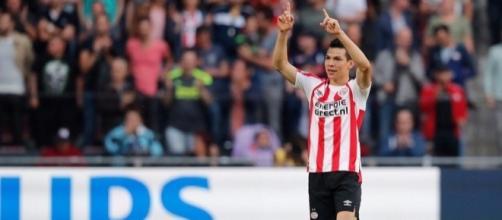 Hirving Lozano brilla en el PSV Eindhoven (Holanda).