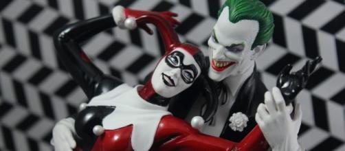 Joker & Harley Quinn Statue. [Image via Flickr/Hina Ichigo]