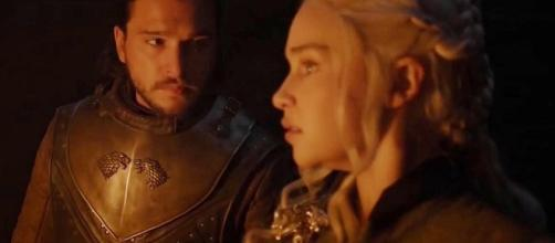 Jon and Dany in the dragonglass cave. Screencap: Ben Quincy-Shaw via YouTube