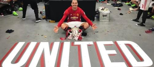 Last season after winning the Community Shield Zlatan and teammates celebrating in locker room- ibrahimovich twitter