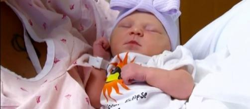 Meet Eclipse Alizebeth Eubanks, born on the day of the total solar eclipse [Image: YouTube/Inside Edition]