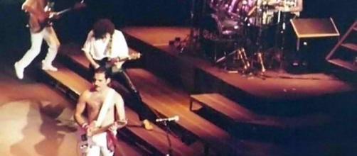 "Queen's upcoming biopic ""Bohemian Rhapsody"" has been revealed. [Image via Thomas Steffan/ Wikimedia Commons]"