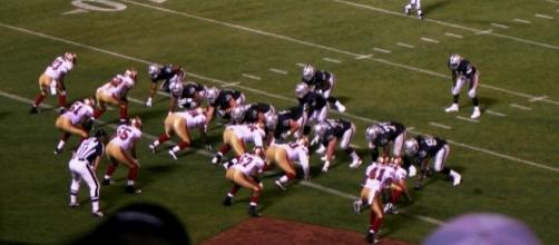 Raiders vs. Niners [ Image by John Martinez Pavliga |Wikimedia Commons| Cropped | CC BY-SA 2.0 ]
