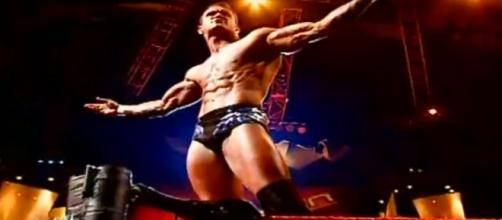 Randy Orton made a record by winning with just one RKO. [Image via Youtube/hbeak]