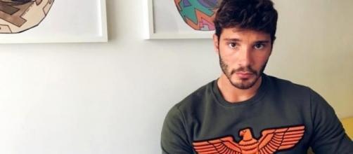 Stefano De Martino lascia Ibiza per Gilda Ambrosio