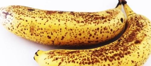 Vediamo come rallentare il processo di maturazione delle banane