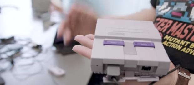 Nintendo SNES Classic - YouTube/Engadget Channel