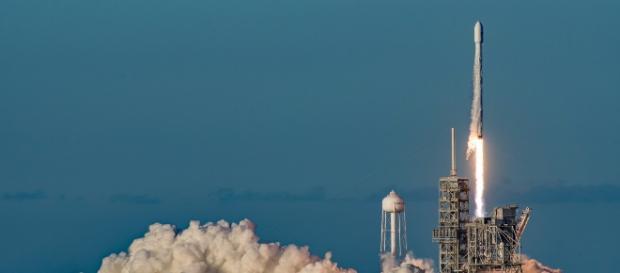 SpaceX Falcon Launch - Image - Stuart Rankin | Flickr | CCO Publc Domain