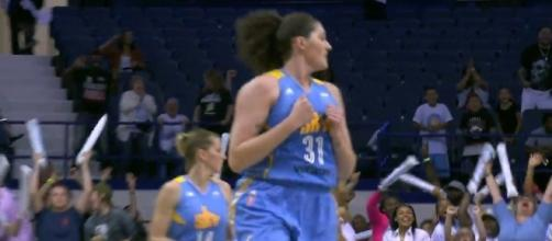 Stefanie Dolson and the Sky will try to grab a much-needed win at Connecticut on Friday. [Image via WNBA/YouTube]