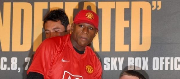 Floyd is ready for the money. Harry Potts via Wikimedia Commons