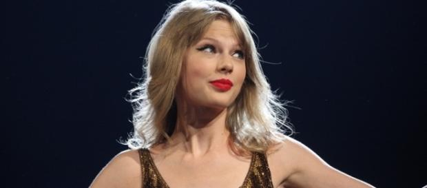 """Taylor Swift drops new tune """"Look What You Made Me Do."""" Photo Credit: Wikimedia Commons"""