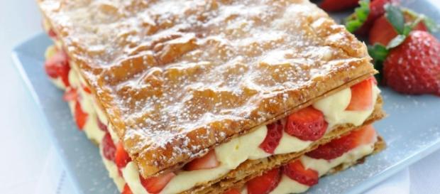 Torta millefoglie con fragole e crema - Grazia.it - grazia.it