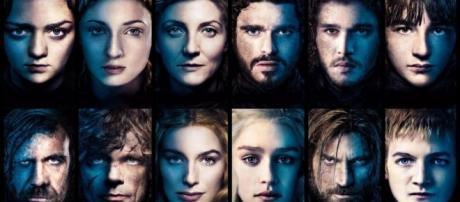 Emilia Clarke : Les acteurs de Game of Thrones se font une place ... - shoko.fr