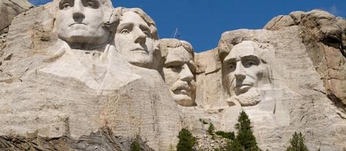 Mount Rushmore (Mike Tigas wikimedia)
