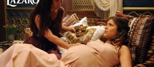 Mulheres do palácio ajudam Lia em parto, mas alguém aparece para resolver