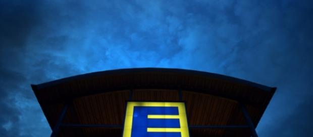 Edeka Germany's largest supermarket chain - emaze.com