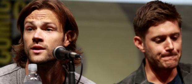 Jared Padalecki & Jensen Ackles tweet out for disaster relief donations - Gage Skidmore/Wikimedia Commons