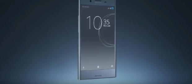 Sony Xperia XZ1 - YouTube/Tech MAX Channel