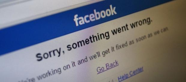 When Facebook goes down - Eduardo Woo via Flickr