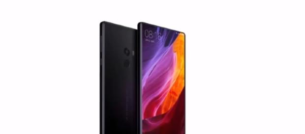 Xiaomi Mi Mix 2 - YouTube/Miror pro Channel