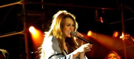 Miley Cyrus Julia Stavale via Flickr