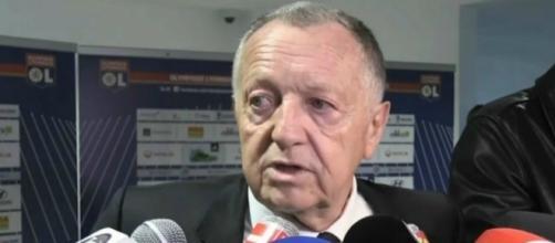 EN VIDEO - Aulas félicite ses joueurs et tacle l'Ajax ! - SFR Sport - sfr.fr