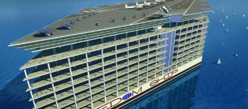 The ship's commercial district would offer housing facilities for 40,000 people. [Image via GeoBeats News/YouTube]
