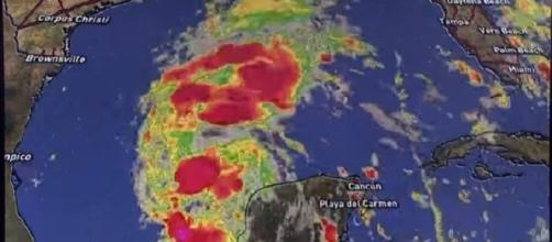 Tracking Harvey: Hurricane Watch in effect for Texas coast [Image via YouTube: KHOU 11]