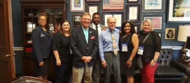 Rep. Steve Cohen (D-TN) seen in blue shirt. / [Image by Realtor Action Center via Flickr, CC BY 2.0]