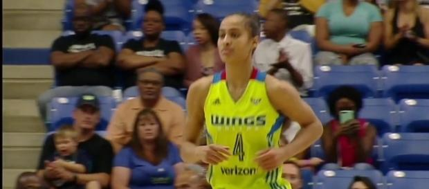 Skylar Diggins-Smith led the Dallas Wings to a win over the Mystics on Saturday night. [Image via WNBA/YouTube]