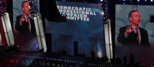 Chris Van Hollen at Democratic National Convention, 2008. / [Image by QQQQQQ via Wikimedia, CC BY-SA 3.0]