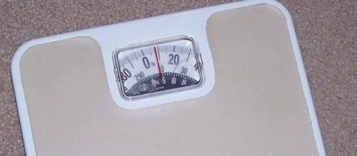 Do not weigh yourself every day. [Image: commons.wikimedia. org]