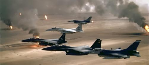 F-15 and F-16 flying over Kuwaiti oil fires during the Gulf War in 1991//wikipedia