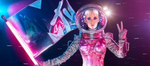Katy na chamada do VMA 2017 para MTV
