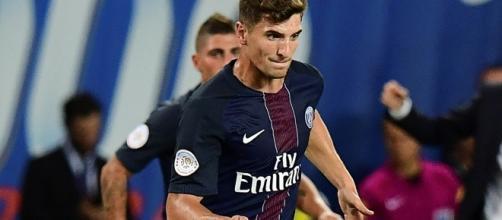Mercato: le Real Madrid penserait à Thomas Meunier - bfmtv.com