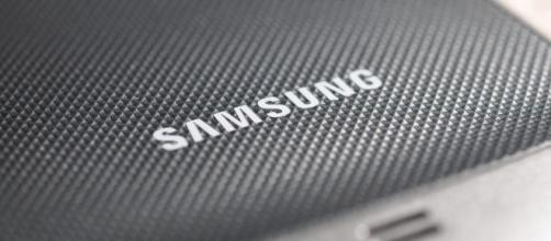 Samsung Galaxy S9 to sport dual camera, says analyst / Photo via Opopododo, Flickr