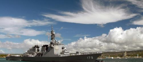 uS warship of the Pacific fleet in Hawaii. Photo pixabay.com/en/destroyer-warship-pearl-harbor-ship-62960/