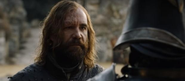 The Hound facing the Mountain, Game of Thrones- (YouTube/Shankar s)