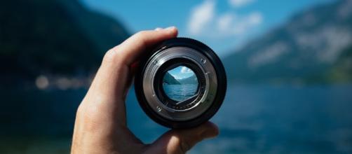 Focusing on you. Image via Pixabay