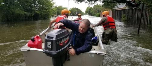 High flood waters make rivers of roads https://media.defense.gov/2017/Aug/28/2001799364/825/780/0/170827-A-ZW944-007.JPG